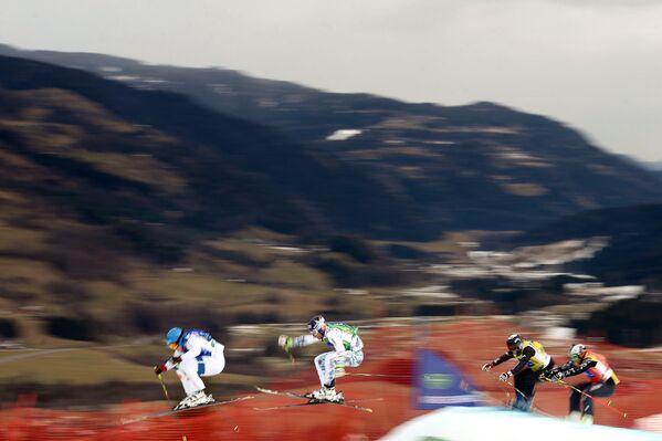 Бастьен Мидоль (Франция), Брэди Лемен (Канада), Йоуни Пеллинен (Финляндия) и Марко Томази (Италия) (слева направо)