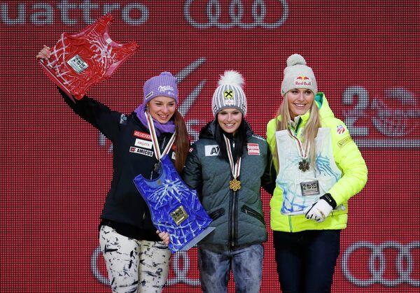 Тине Мазе, Анна Феннингер и Линдси Вонн (слева направо)