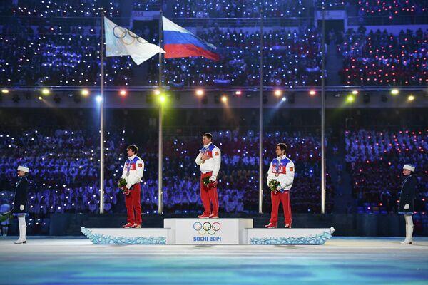 Максим Вылегжанин, Александр Легков и Илья Черноусов (слева направо)
