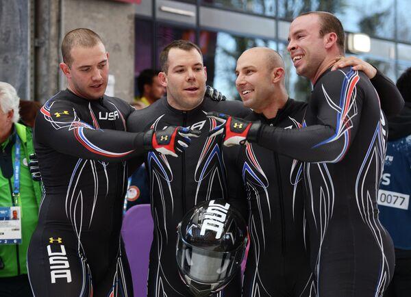 Николас Каннингем, Джастин Олсен, Джон Куинн и Даллас Робинсон (справа налево)