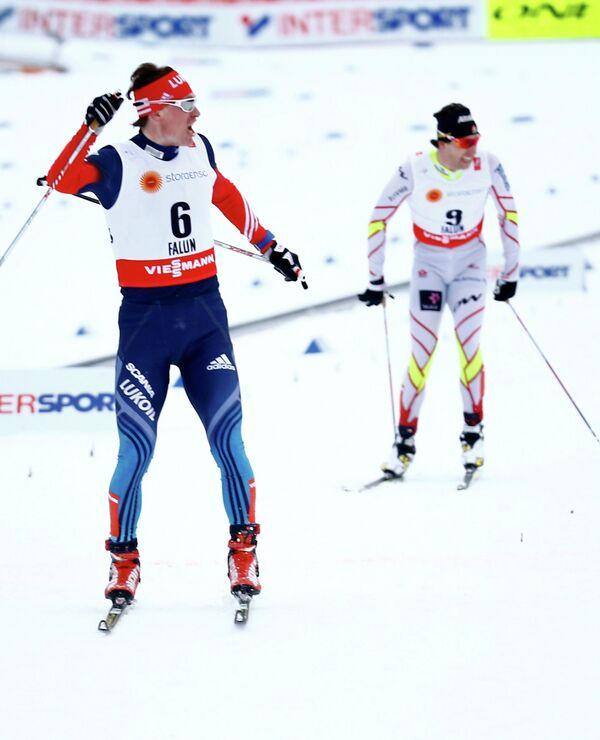 Максим Вылегжанин (слева)