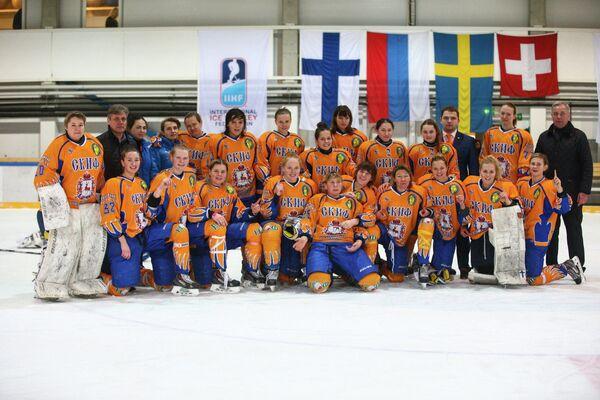 Хоккеистки нижегородского СКИФа