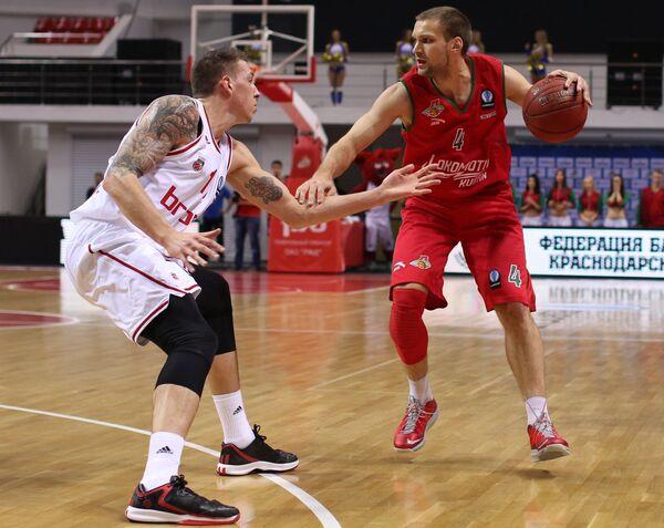 Игровой момент матча Локомотив-Кубань - Брозе Баскетс