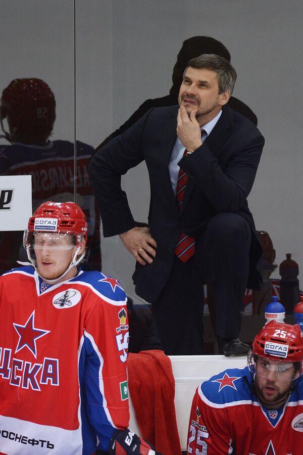 Симон Яльмарссон, главный тренер ПХК ЦСКА Дмитрий Квартальнов (слева направо)