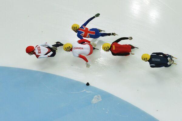 Слева направо: Семен Елистратов, Патрик Даффи, Джек Уэлберн, Ши Цзиннан и Пак Се Ён