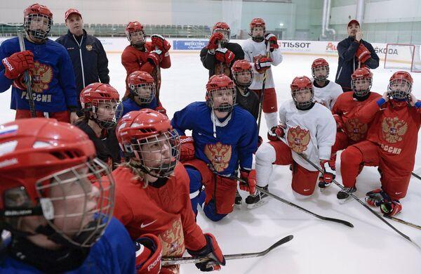 Тренировка женской сборной России по хоккею
