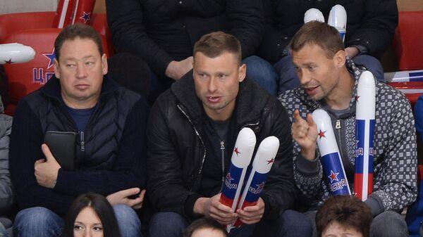 Леонид Слуцкий Алексей Березуцкий и Василий Березуцкий (слева направо)