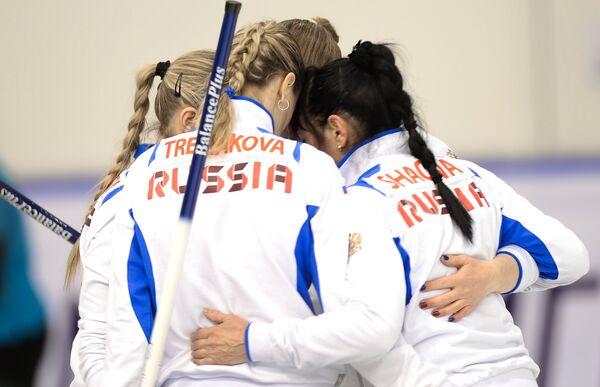 Игроки женской сборной России по керлингу