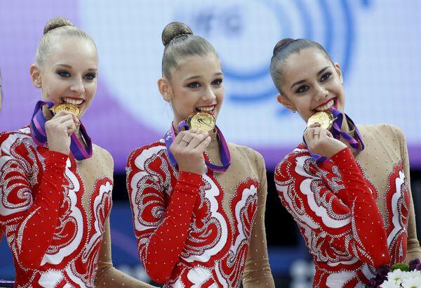 Российские гимнастки Яна Кудрявцева, Александра Солдатова и Маргарита Мамун (слева направо)
