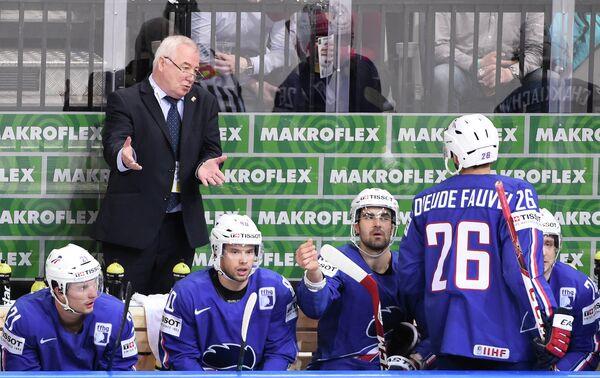Главный тренер сборной Франции по хоккею Дэйв Хендерсон