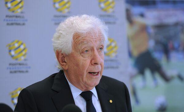 Президент Футбольной федерации Австралии (FFA) Фрэнк Лоуи
