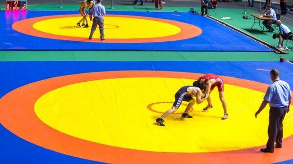 Соревнования по греко-римской борьбе в рамках VII летней Спартакиады учащихся России