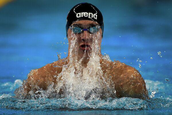 Российский пловец Антон Чупков на дистанции во время Европейских игр в Баку
