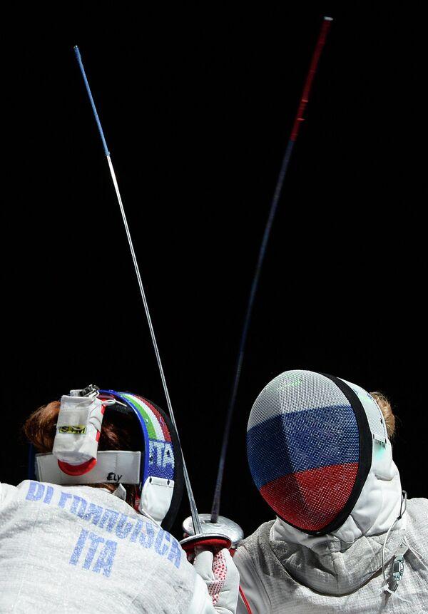 Слева направо: Ди Франческа (Италия) и Инна Дериглазова (Россия)