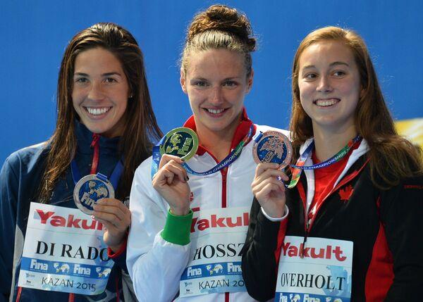 Майя Ди Радо (США), Катинка Хошсу (Венгрия), Эмили Оверхолт (Канада) (слева направо)