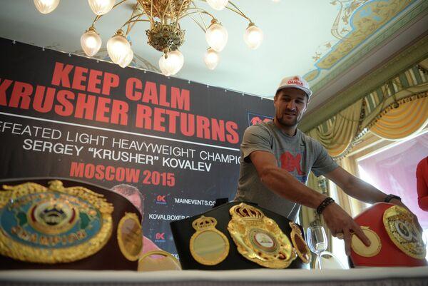Чемпион мира по версии WBA, IBF и WBO российский боксер Сергей Ковалев