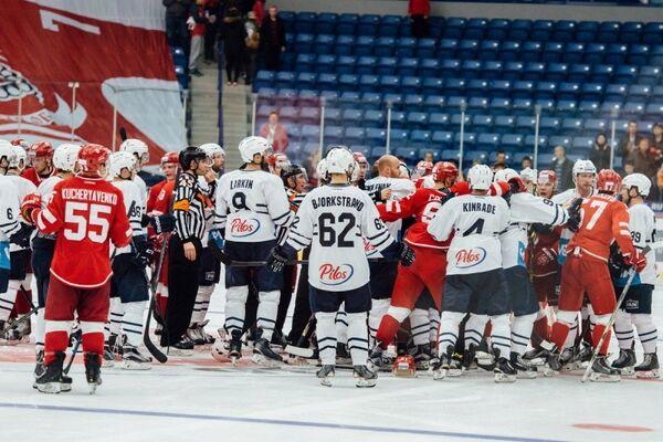 Игровой момент матча Витязь - Медвешчак