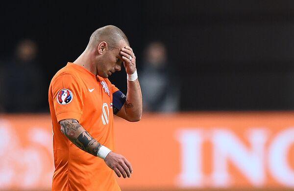Реакция полузащитника Уэсли Снейдера на невыход сборной Нидерландов на чемпионат Европы по футболу