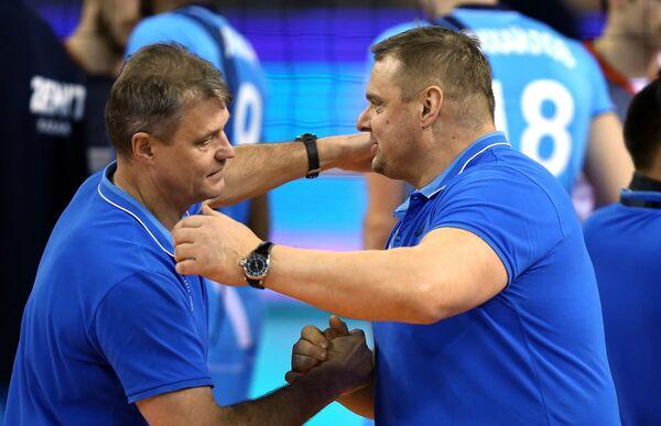 Владимир Алекно (справа)