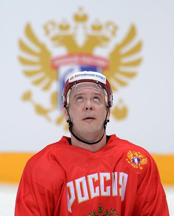 Форвард сборной России по хоккею Сергей Мозякин