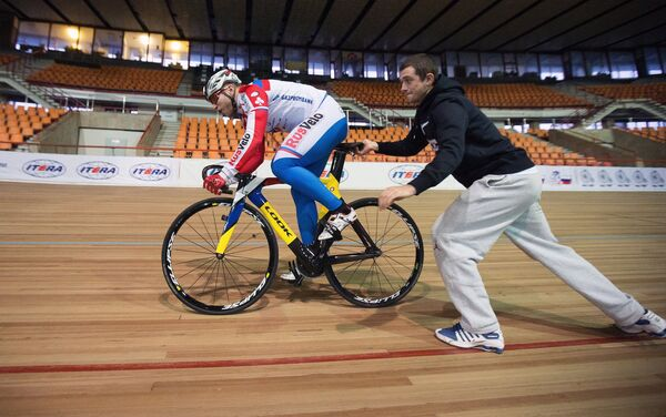 Денис Юсков (справа) и Денис Дмитриев