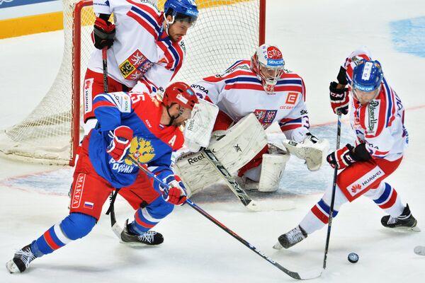 Игровой момент матча Кубка Первого канала Россия - Чехия