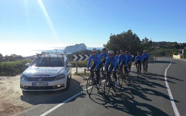 Велогонщики команды РусВело