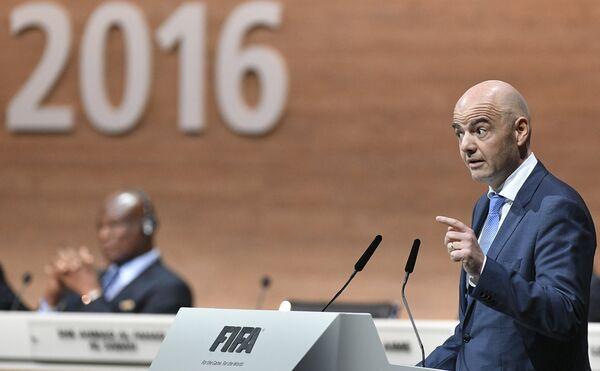 Кандидат в президенты Международной федерации футбола (ФИФА), генеральный секретарь УЕФА Джанни Инфантино