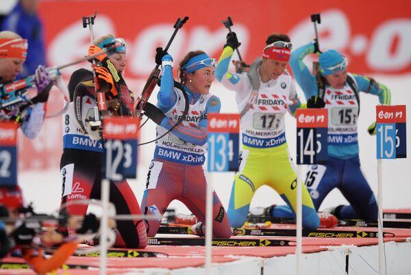 Екатерина Юрлова (Россия) (в центре)