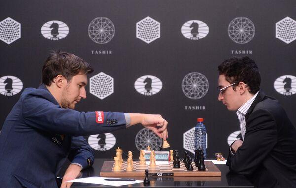 Гроссмейстеры Сергей Карякин и Фабиано Каруана (слева направо)