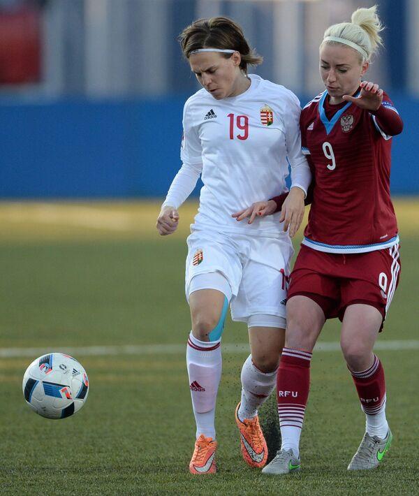 Игровой момент матча Россия - Венгрия
