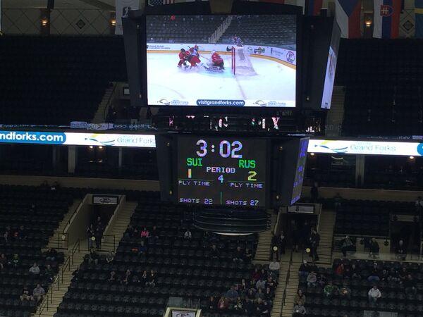 Табло в матче юниорского чемпионата мира по хоккею Россия (до 18 лет) - Швейцария (до 18 лет)