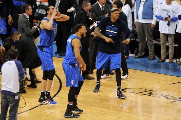 Баскетболисты Даллас Маверикс