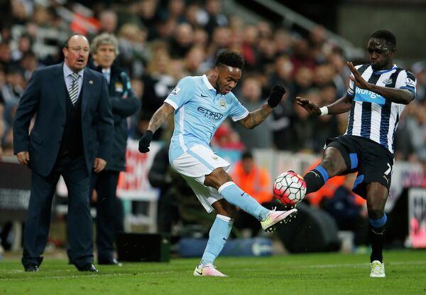 Игровой момент матча Ньюкасл - Манчестер Сити