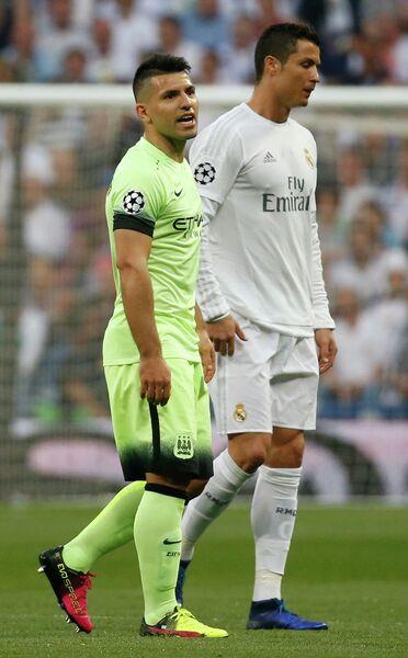 Нападающий Манчестер Сити Серхио Агуэро и нападающий Реала Криштиану Роналду (слева направо)