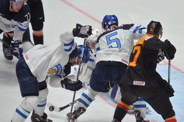 Игровой момент матча Финляндия - Германия