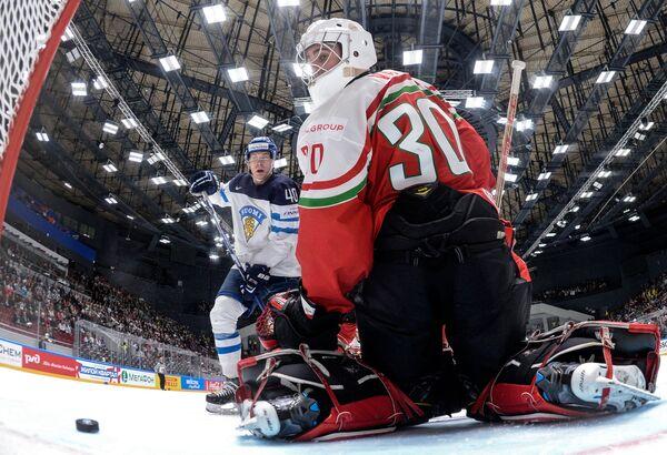 Игровой момент матча Финляндия - Венгрия