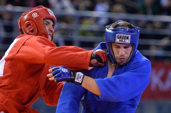 Александр Саликов (Россия) (слева) и Сергей Бобер (Украина)