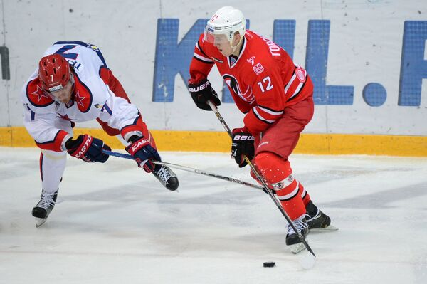 Александр Торченюк и Иван Телегин (справа налево)
