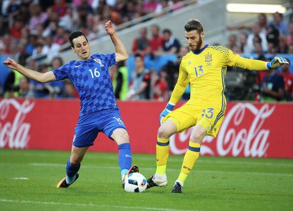 Игровой момент матча Хорватия - Испания