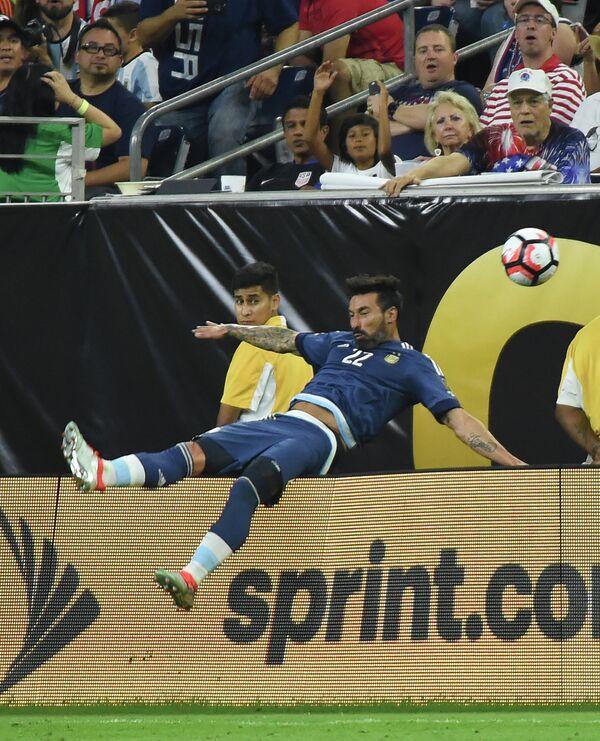 Нападающий сборной Аргентины по футболу Эсекьель Лавесси