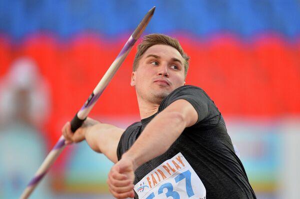 Дмитрий Тарабин