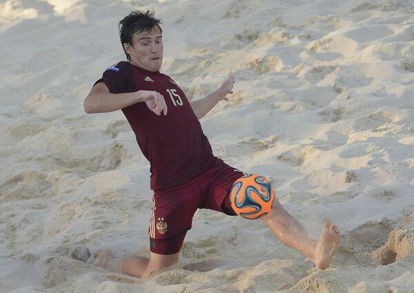 Игрок сборной России по пляжному футболу Кирилл Романов