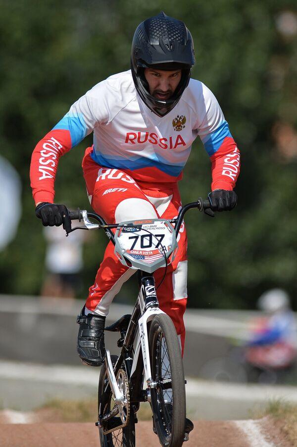 Евгений Комаров на чемпионате России по велоспорту BMX в Москве